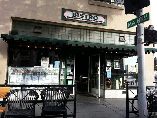 Hayward, CA: The Bistro