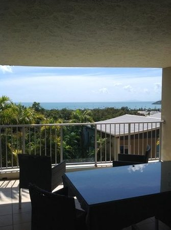 Azure Sea Whitsunday : balcony view apt 2