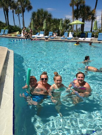 Resort at Longboat Key Club: pool!