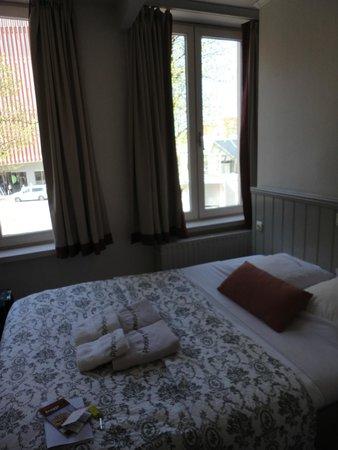 Hotel-Flats Leopold : habitación