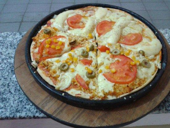 Camocim, CE: pizza deliciosa com frango e catupiry venha conhece