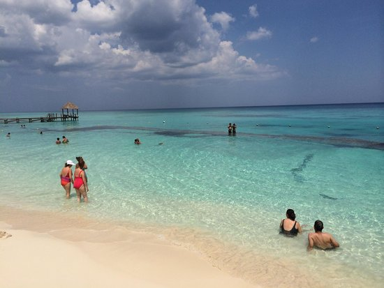 Azul Beach Resort The Fives Playa Del Carmen: More about the beach.
