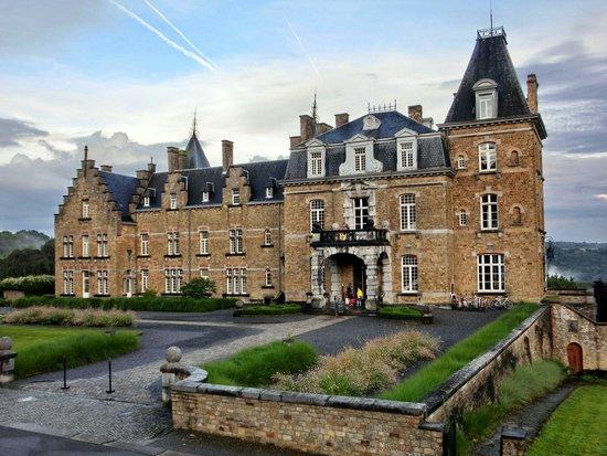 Chateau de la Poste : Château de la Poste - August 2014 Copyright by Hans van Bree