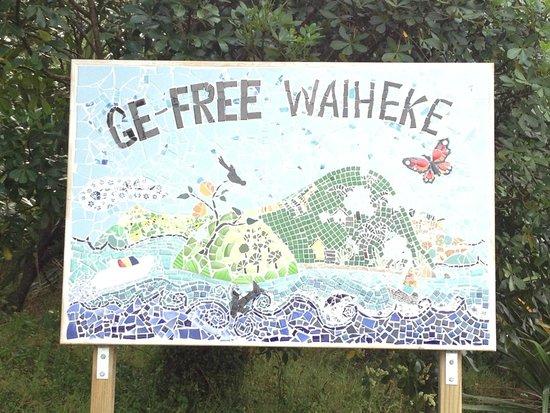 เกาะไวเฮเก, นิวซีแลนด์: GE free Waiheke Island