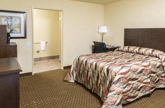 Key Inn: One Double Bed Accessibale