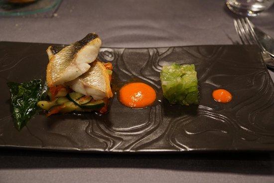 Le Gavroche : Bar (bass) and green tomato