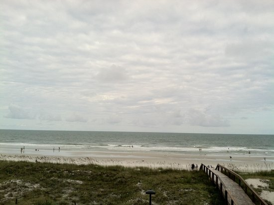 Four Points by Sheraton Jacksonville Beachfront : View from 2nd floor