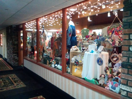 BEST WESTERN Inn at Hunt's Landing: Gift shop