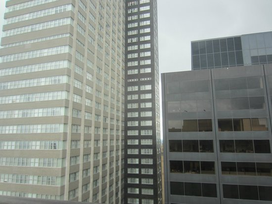 Philadelphia Marriott Downtown: High floor room without a view