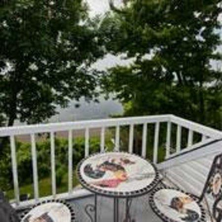 La Mer La Montagne B&B : Suite #5 balcony