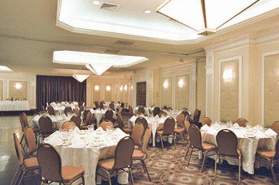 Hotel Universel Montreal: Viau
