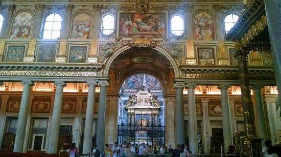 Basilica di Santa Maria Maggiore: The Borghese Chapel