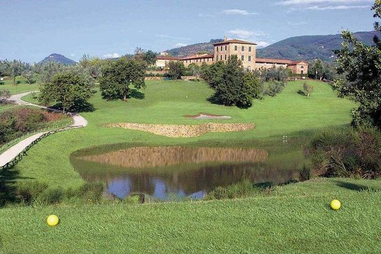 Grotta Giusti: Golf course