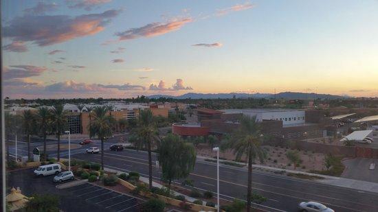 La Quinta Inn & Suites Phoenix Mesa West: Sunset
