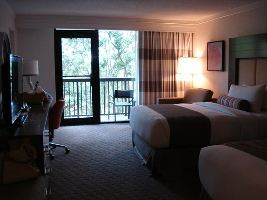 Sonesta Resort Hilton Head Island: Room #4054 - Double overlooking pool