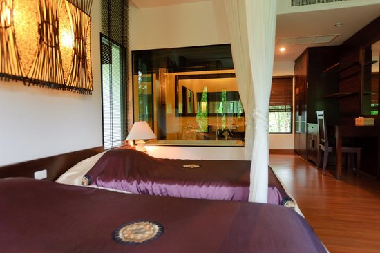 Chiangmai Highlands Golf and Spa Resort : Superior Villa