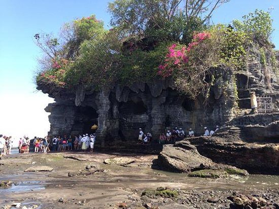 Bali Traditional Tours - Day Tours: Tanah Lot Temple where we received a blessing.