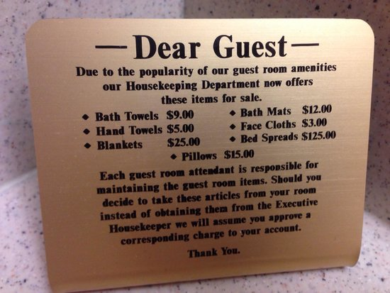 Grand Portage Lodge and Casino: In the bathroom...