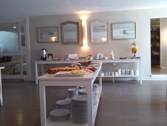 Atlantico Boutique Hotel: Desayuno buffett hasta las 12
