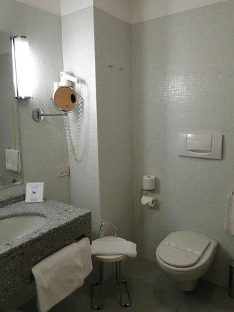 Hotel Grand Italia Residenza d'Epoca: Baño