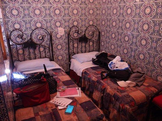 Riad Hotel Essaouira : ベッド