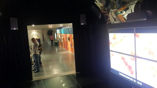 National Science Museum: เที่ยวชม