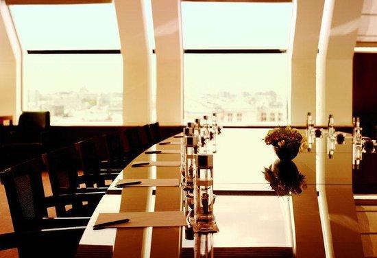 Ararat Park Hyatt Moscow : Bibliotheque Meeting Setup