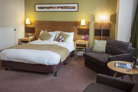 Crowne Plaza Chester: Standard Accessible Room (one double bed)