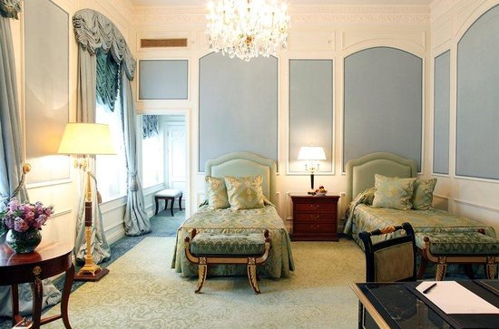 The Bentley London : Junior Suite