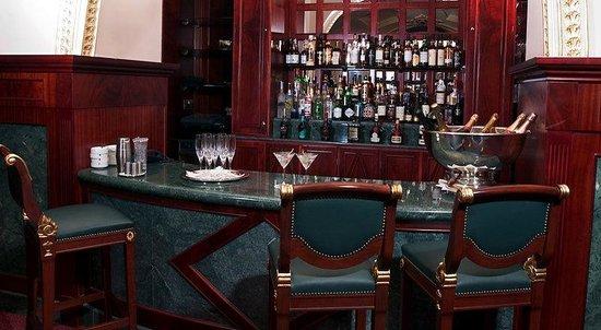 The Bentley London : Bar