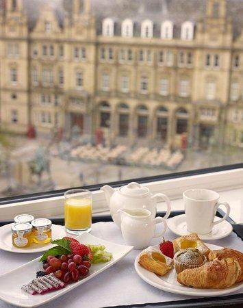Park Plaza Leeds: Breakfast in room