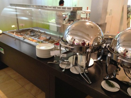 Novotel Geneve Centre: breakfast