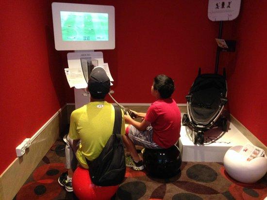 Novotel Geneve Centre : xbox in lobby