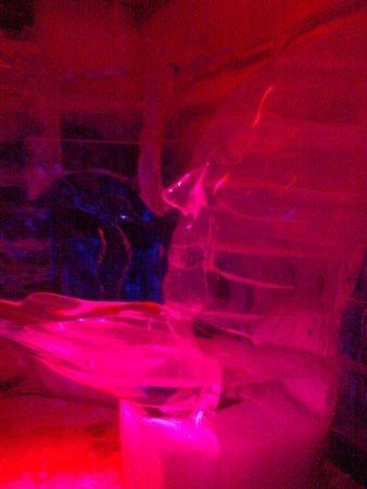 Magic Ice: ice sculptures