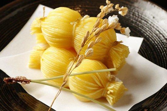 Japanese Cuisine Shimonoseki Shunpanro Tokyo: 2周年記念 豊年揚げ