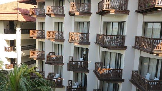 Sutera Harbour Resort (The Pacific Sutera & The Magellan Sutera): large balconys