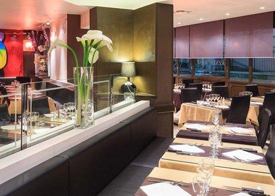 Quality Hotel Mediterranée : Restaurant