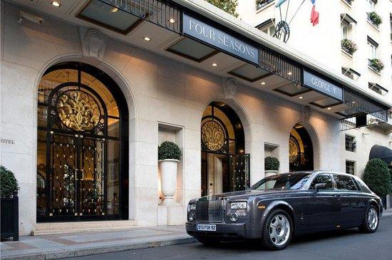 Four Seasons Hotel George V Paris : PAR Ext
