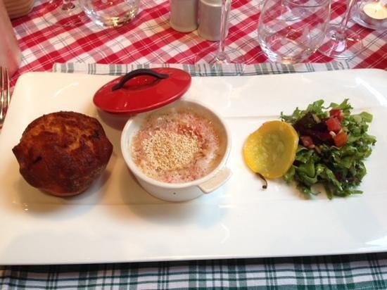 Restaurant La Grappe d'Or : voorgerecht met warme Munsterkaas