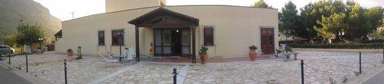 Castelluzzo, Włochy: INGRESSO