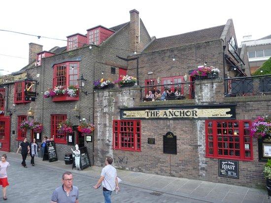 The Anchor : pub