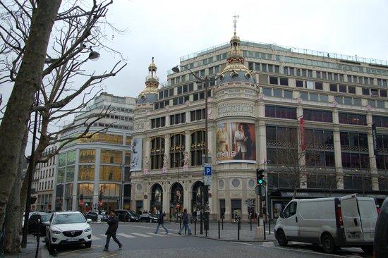 Opera district: Универмаг Printemps