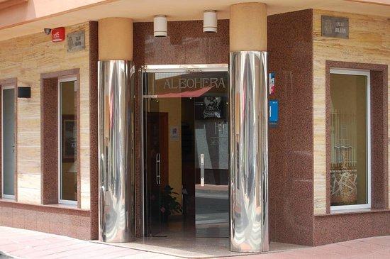 Hotel Albohera: Vista entrada hotel