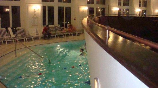 Disney's Newport Bay Club : piscina