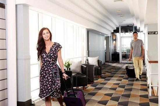 Rydges Gladstone Hotel: Lobby