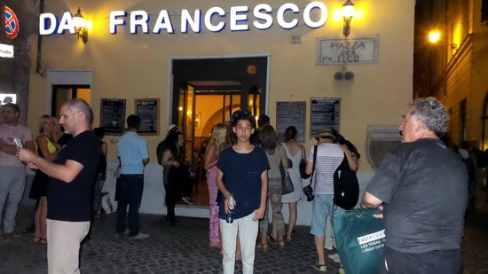 People waiting to get into Da Francesco