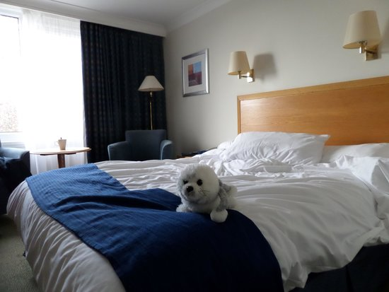 Holiday Inn Stoke on Trent M6: Our comfy room
