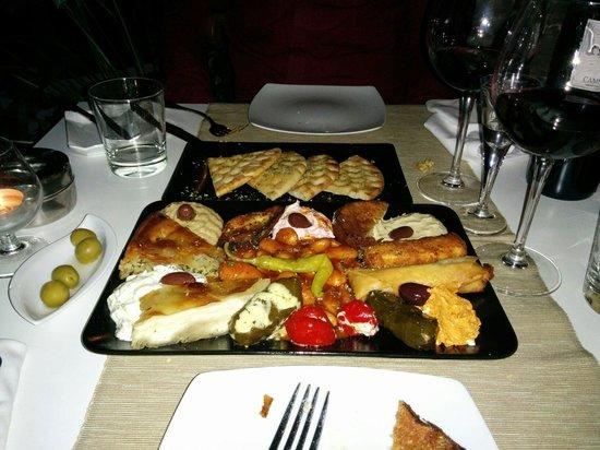 Yamas Restaurant: Entrantes mixtos