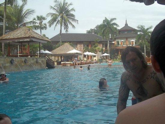Jayakarta Bali Beach Resort Reviews
