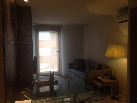 Eric Vokel Sagrada Familia Suites: Living Area